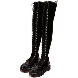 ISO Dr.Martens Aggy Tall Boots in UK7/UK6